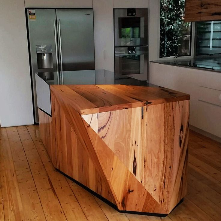 Recycled timber bench top. Collaboration with Grange Joinery and CBD Architects. Melbourne, Victoria, Australia.