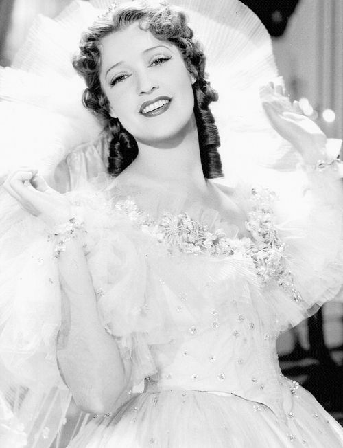Jeanette MacDonald, 1937