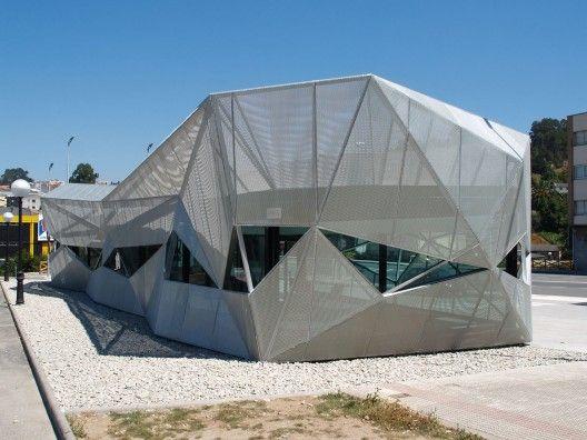 Oficina de Turismo en Arteixo by Alejandro García y Arquitectos