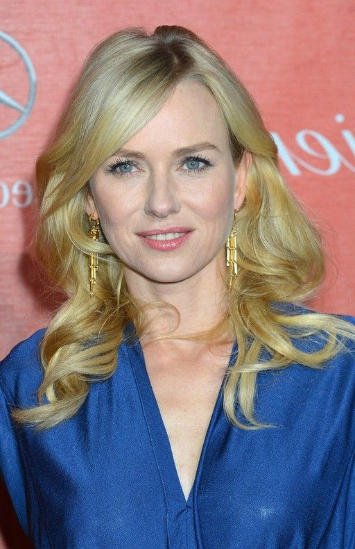 Naomi Watts Long Blonde Curly Hairstyle with Sleek Side Swept Bangs for Winter