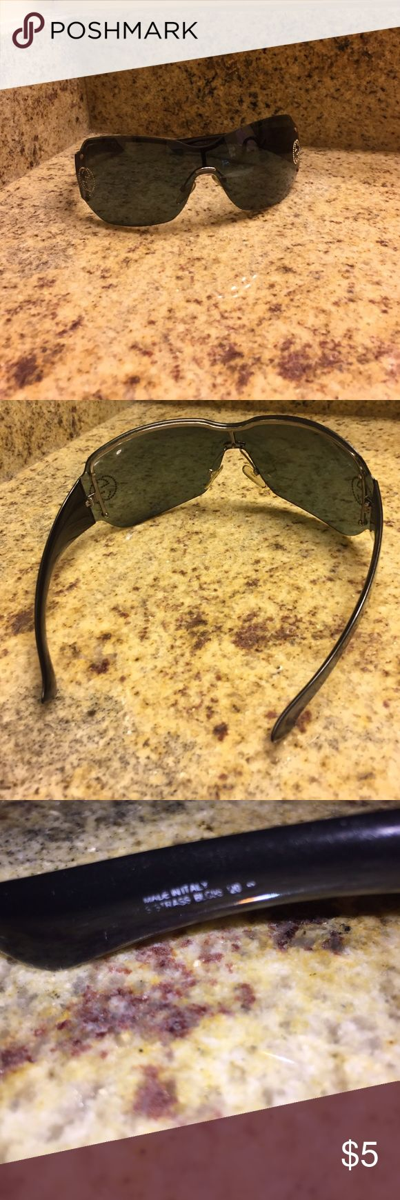 Authentic Gucci Glasses No case- lenses are scratched but not noticeably so when worn. Check separate listing for pic Gucci Accessories Sunglasses