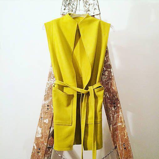 lena.lenkajurigova / Žltá vesta