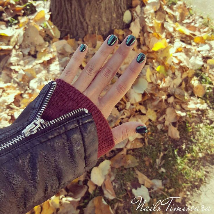 #nails #green #autumn
