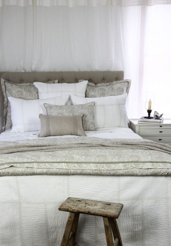 Vivian-Grace-Neutral-bedroom.jpg (713×1024)