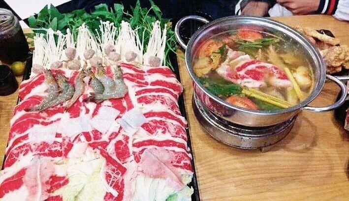#hotpot#beef#pork#chicken#buffalo#meat#shrimp#crab#scallop#mussel#bean#rolls#mushroom#vegetables#fish#ink#octopus#sausage#shrimp#noodles#bread#pincer#cocacola