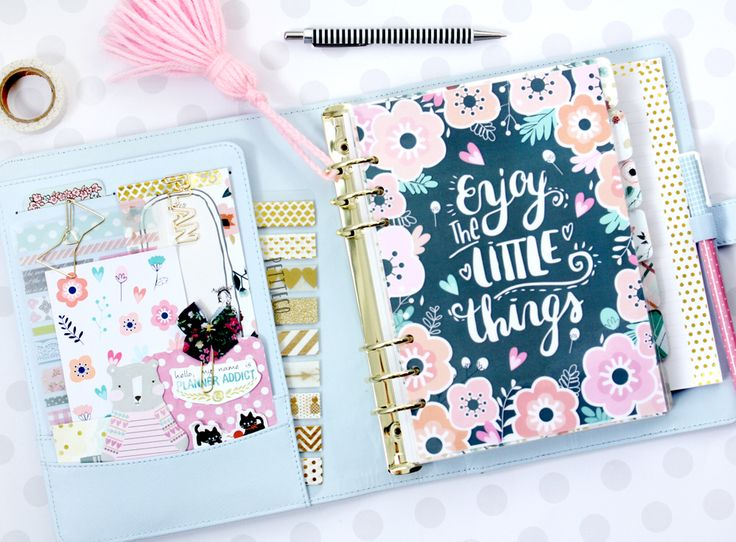 My Kikki K large planner in ice blue :)
