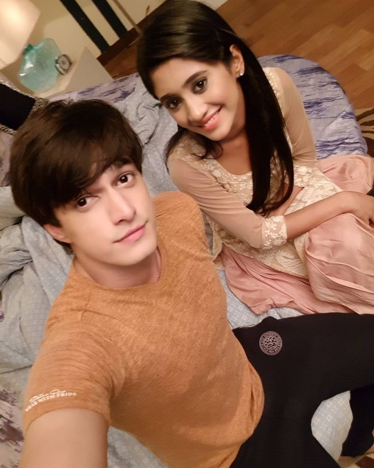 """The Ever-so rocking #kaira bedroom!! Its a Blast week...Big Fight comingup"""