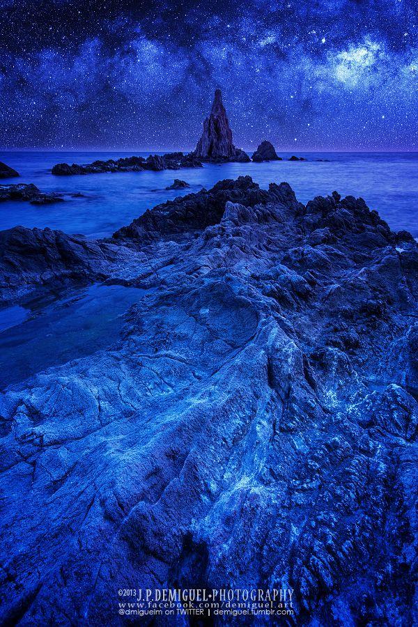 Blue - Milky Way over Arrecife de las Sirenas, Cabo de Gata, Almería, Spain (by Juan Pablo de Miguel on 500px)