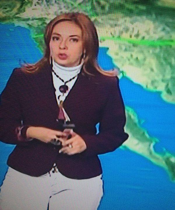 La guapa Raquel Méndez conductora del estado del tiempo en Primero Noticias luciendo collar Jenny Rabell. Compra accesorios Jenny Rabell aquí: http://jennyrabelltienda.com/
