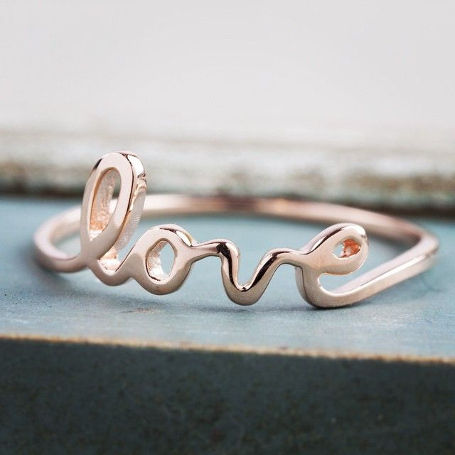 Find the perfect gifts for the ones you love. #lovering
