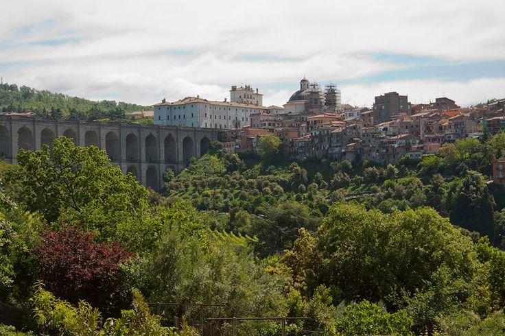 I Castelli Romani, luoghi di villeggiatura dei signori fin dai tempi dell'Impero, sono tutt'oggi, una delle mete preferite dai capitolini nelle torride giornate estive.