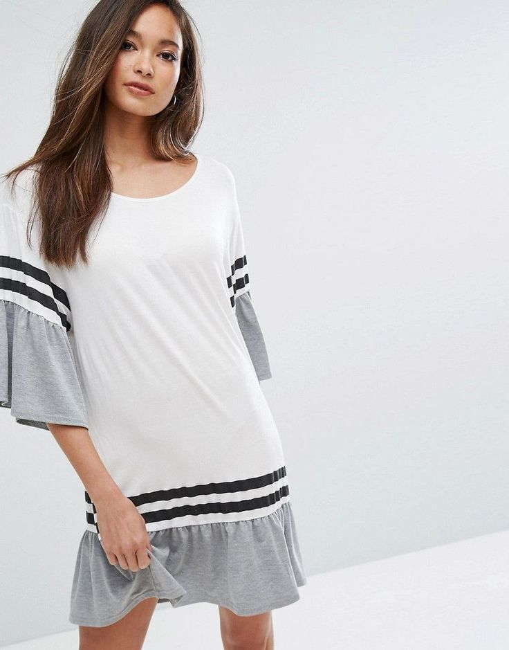 PrettyLittleThing T-Shirt Dress With Contrast Frill - White