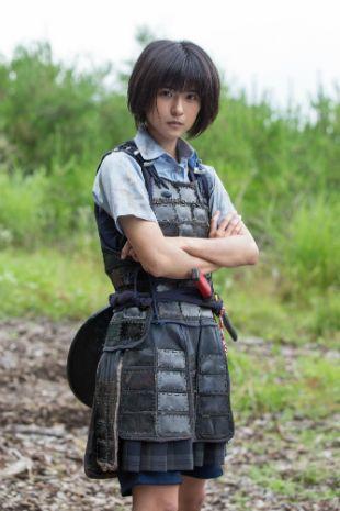 本日、土曜時代ドラマ『アシガール』(NHK)の第3回「若君といざ出陣!」が放送される。同ドラマは、『ごくせん』『デカワンコ』の森本梢子による同名人気コミックを実写化したエンターテインメント時代劇。脚力だけがとりえの女子高生・速川唯が、愛する若君を守るために戦国時代にタイムスリップし、足軽となって戦場を…