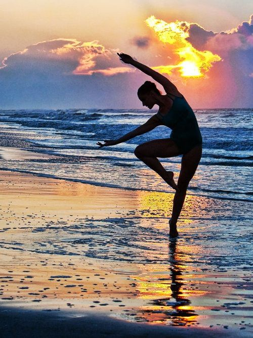 Colourful Silhouette Dancing on the beach | Doodles ...