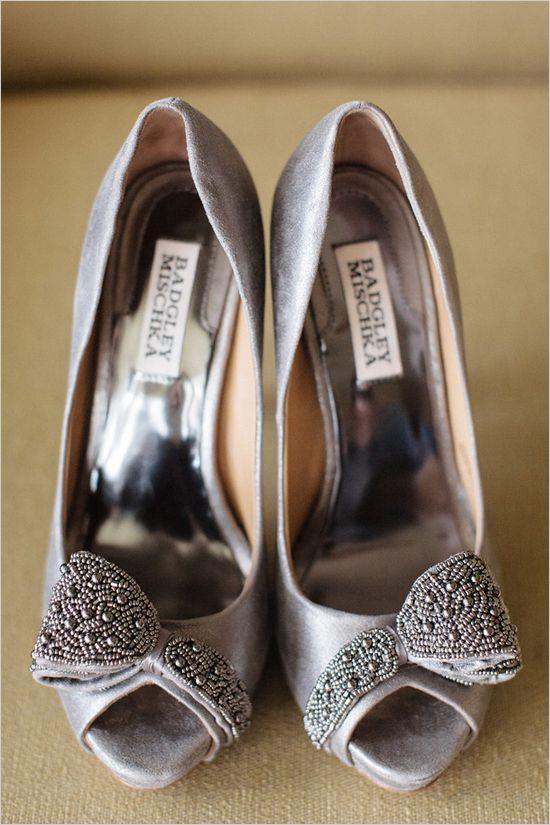 Badgley Mischka shoes #weddingshoes #bride #weddingchicks http://www.weddingchicks.com/2014/03/05/hawaiian-pink-and-gold-wedding/