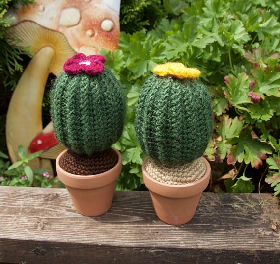 This adorable crochet cactus plant is the perfect gift for plant addicts. It is especially perfect for forgetful people, because this cactus will never die! Treat yourself to this cute little cactus or gift it to that special cactus lover in your life.  Often mistaken for a real cactus, this crochet plushy will look great on your desk or counter, even among other house plants! It comes in an authentic cactus green and is adorned with a cute raspberry-coloured flower on top.   You will…