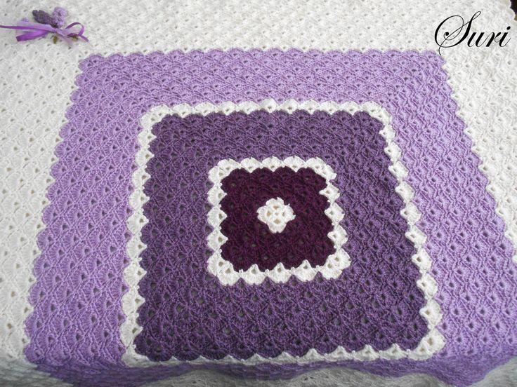 Lavandula baby blanket. Crochet with shell stich.