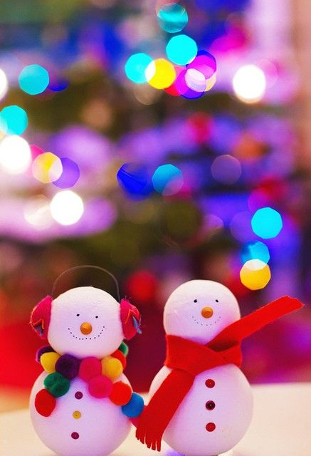 Christmas Snow Couple
