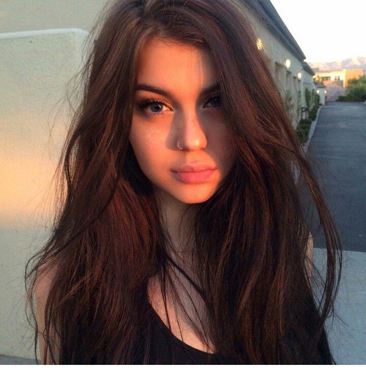 Sahar Luna Gesichts Piercings Haarschonheit Haar Styling