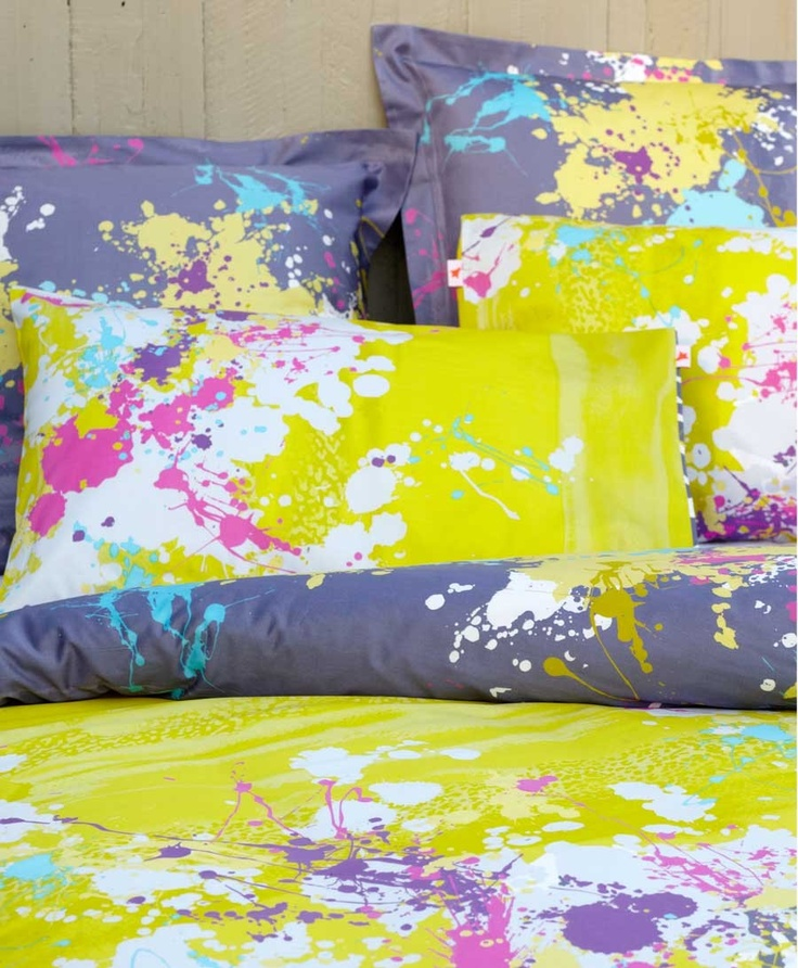 Bright fun doona cover design.  This is sure to add life to your bedroom #brightdoonacover