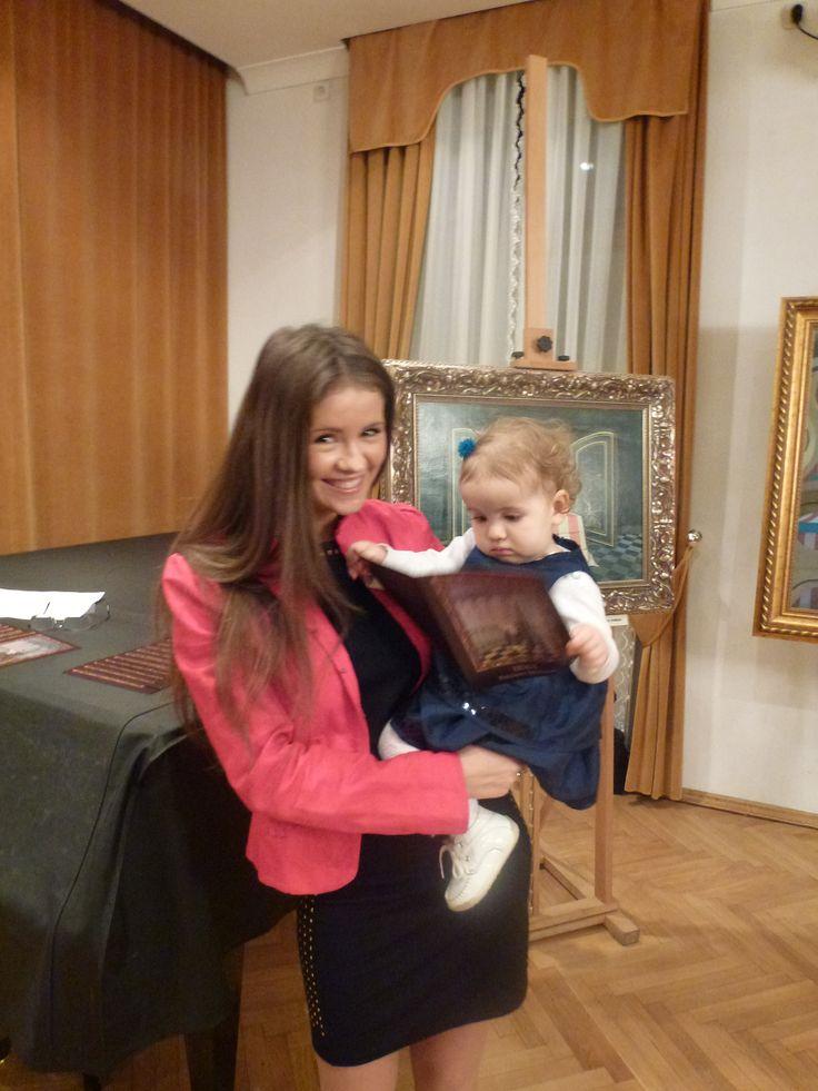 Mercedes z mamą Ilonką na wernisażu wystawy w Domu Darmsztat - październik 2012 r.