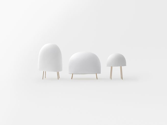 Kurage is a minimalist design created by Japan-based designer Nendo. A lighting fixture created through a collaboration with Italian designer Luca Nichetto.