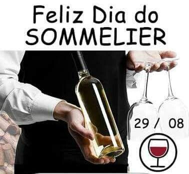 #Dia29Agosto ☆ #DiaDoSommelier*✌🍷😍 ♥Talento Aliado ao       Conhecimento♥ * #Sommelier = ☆ É o Profissional Responsável pelas Bebidas (principalmente #Vinho) no Estabelecimento. Da Escolha, Compra, Recebimento, Guarda e pela Prova do Vinho, antes que seja Servido ao Cliente. ♡ #História = Sommelier = Vem do Francês. Era o Carroceiro dos Castelos e Palácios, que Transportavam as Pipas de *Vinhos*🍷.  Provava o #Vinho pra Ver se estava Bom.