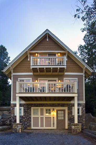 Thomas Lawton Architect | Black Mountain, NC Narrow Lake Cottage