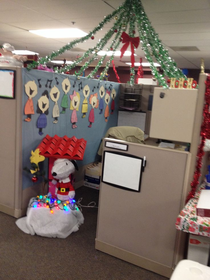 100 best cubicle decor images on pinterest cubicle for Cubicle decoration xmas