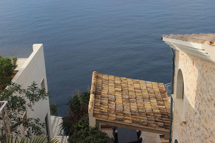 Top-Standort für Mallorca Immobilien Santa Ponsa ist eine lebendige, internationale Gemeinde im Südwesten von Mallorca. Die Stadt ist knapp 20 Kilometer von Palma's Altstadt und dem Passeo Ma…