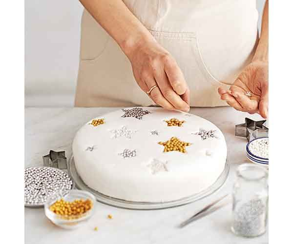 Follow Frances Quinn's easy step-by-step guide to creating a Christmas showstopper – it's a guaranteed way to impress your guests.