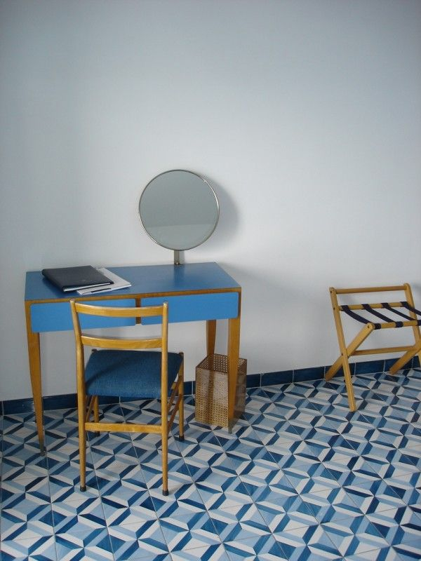 "#GioPonti ""Vanity desk"" and ""Superleggera Chair"" Cassina | Hotel Parco dei Principi | Sorrento Italy"