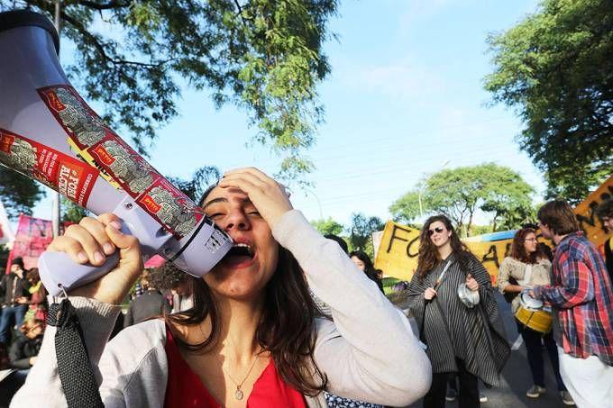 USP oferece aula de pós-graduação em protestos ministrada por articulista da Carta Capital