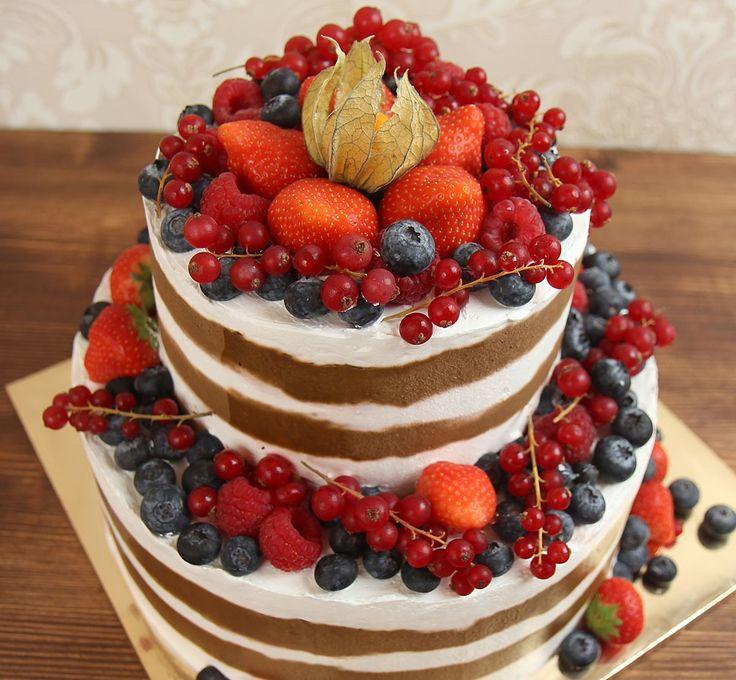Свадебный торт – это не просто лакомство на торжестве, и даже не часть церемонии. Эта та изюминка, которая поможет сделать вашу свадьбу ещё более яркой и незабываемой!   Изготовление торта как на фото возможно от 1-го кг всего за 2150₽/кг.  Опытные специалисты @abello.ru рады помочь с выбором не забываемого и натурального торта по единому номеру: +7(495)565-3838 Телефон/WhatsApp/Viber. В помощь наш сайт www.abello.ru с нашими работами для вдохновения. #тортыназаказ #тортназаказмосква…