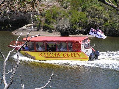 Kalgan Queen cruising along the Kalgan River