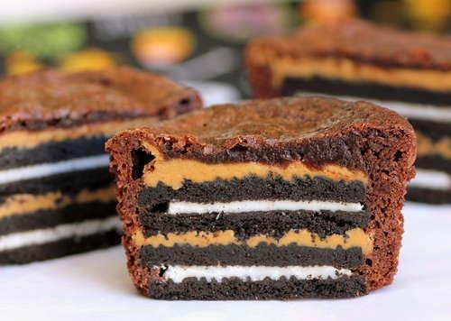 Oreo and Peanut Butter Brownie cupcakes: Desserts, Cookies, Fun Recipes, Oreo Brownies, Brownies Bites, Brownies Cakes, Peanut Butter Brownies, Oreo Cupcakes, Oreo Cakes