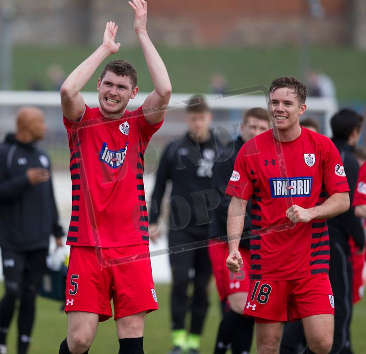 Queen's Park's Ryan McGeever celebrates Queen's Park qualifying for the final of the SPFL League One play-offs after the game between Cowdenbeath and Queen's Park.
