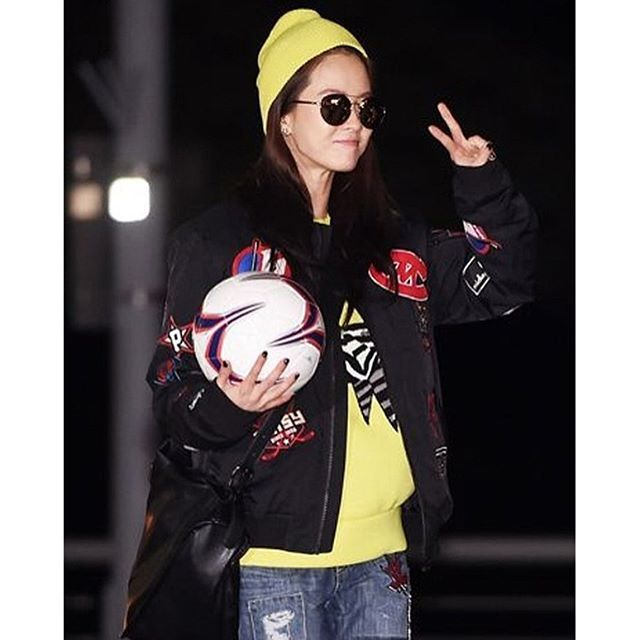 SongJiHyo rockin' in @zerosecond . Shop exclusively from @miscellaninetwork . #miscellani #miscellalove #shopmiscellani #kfashion #contemporary #fashion #street #casual #designer #songjihyo #宋智孝 #송지효 #kpop #ulzzang #celebrityfashion #东大门 #衣服 #韩国直送 #分享 #韩国时装 #韩国流行 #韩国品牌  #潮服 #流行时尚 #代购