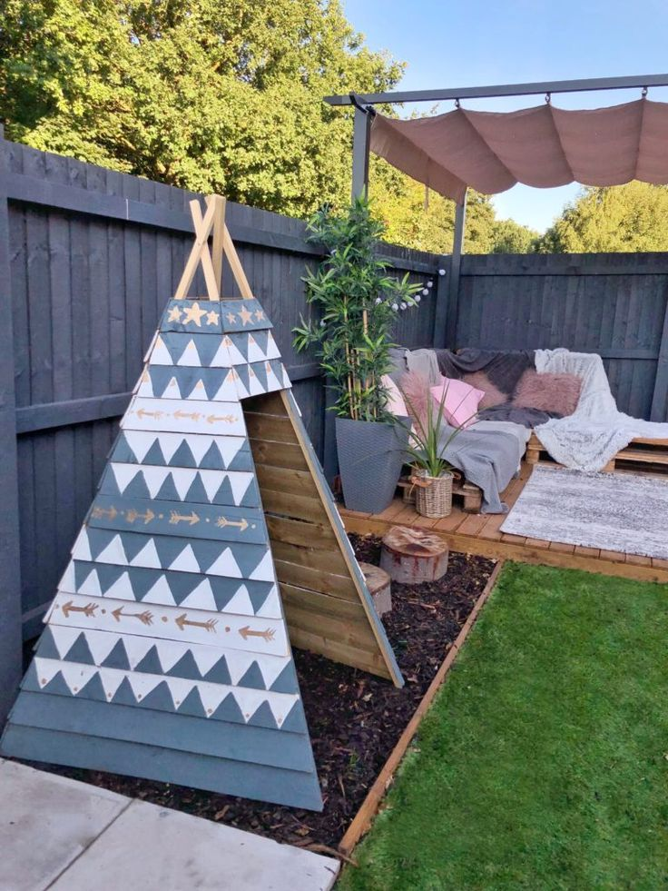 How to make a wooden teepee - with Rust-Oleum (With images ...