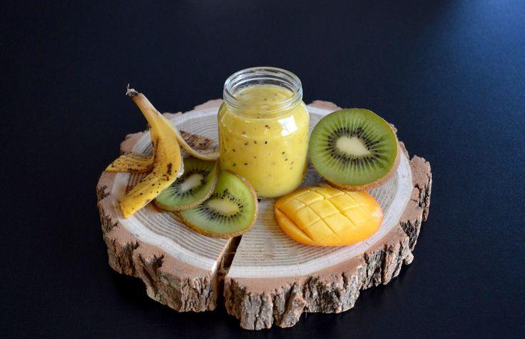 Nouvelle recette de petit pot : compote kiwi mangue banane ! Bébé va raffoler de ces saveurs exotiques, cette recette de compote donne l'eau à la bouche !
