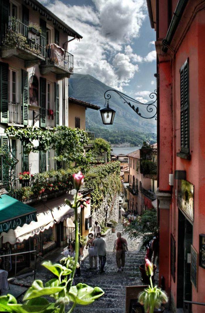 Jolie vue du lac de Côme Italie Bellagio, Lombardia, Alpes italiennes