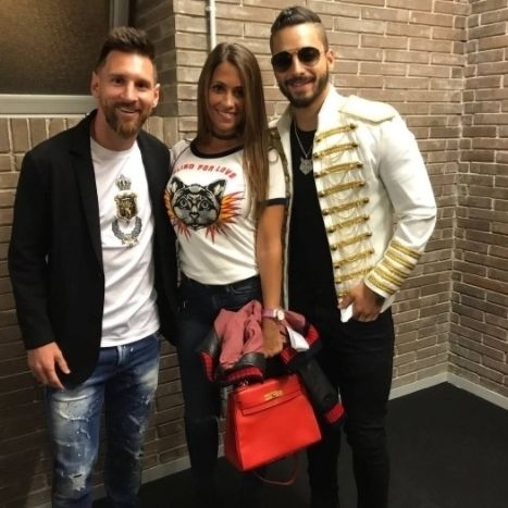 Messi went to Maluma's gig!  #love #couple #cute #family #party #instaparty #instafun #fashion #cute #hair #nails #beauty #beautiful #instagood #instafashion #pretty #girly #girl #girls