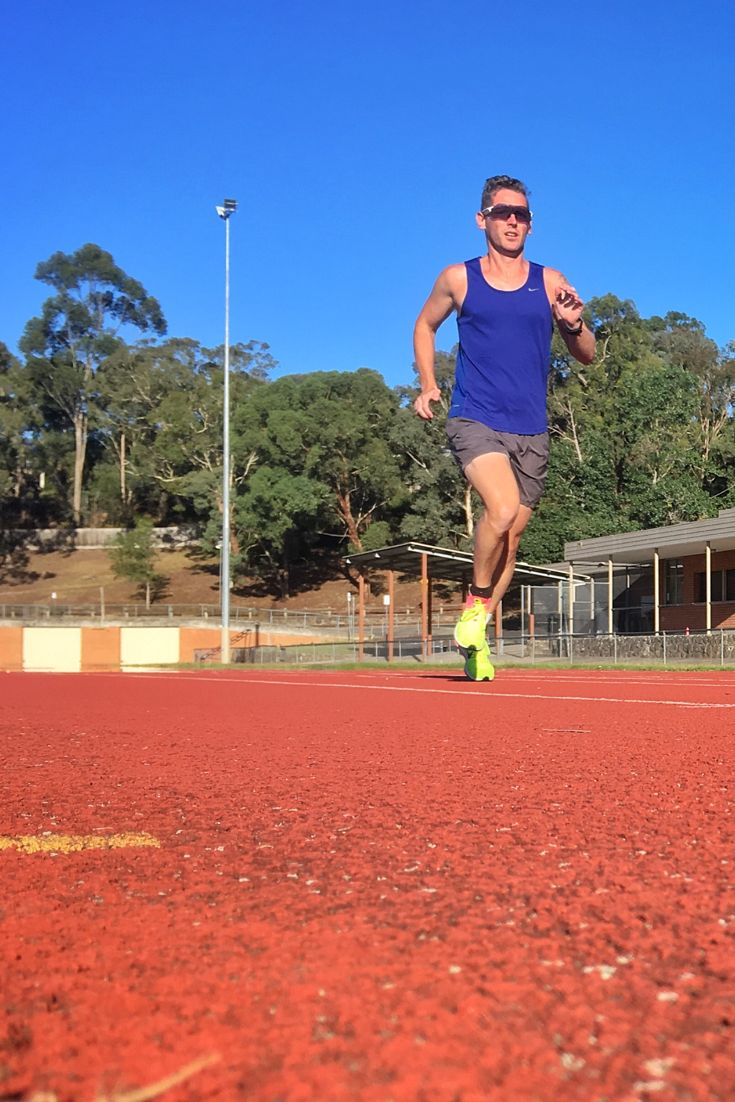 Easy Easy Anaerobic Threshold (Continuous): 10km Anaerobic Tolerance: 12 x 300-100m, 1min recovery Easy Long Run 40km/ 4hours Easy Easy Anaerobic Threshold Intervals 4-6 x 2000m / 1000m float