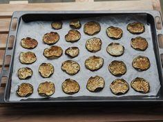 Auberginen-Chips auf Backblech Pure Food by Romy Dollé