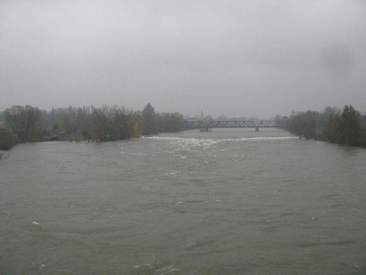 Nuove foto dai fiumi del Nord Italia che sono interessati dall'alluvione 2014. Foto di Po, Adda, Ticino, Trebbia e Canale Navigabile