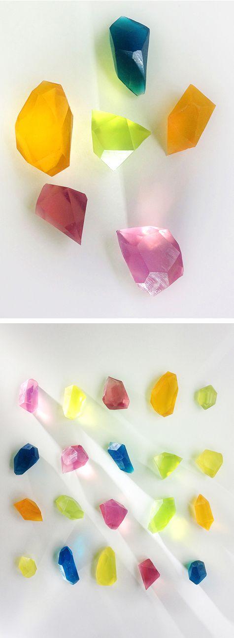 DIY Gemstone Soap @rjolawrence