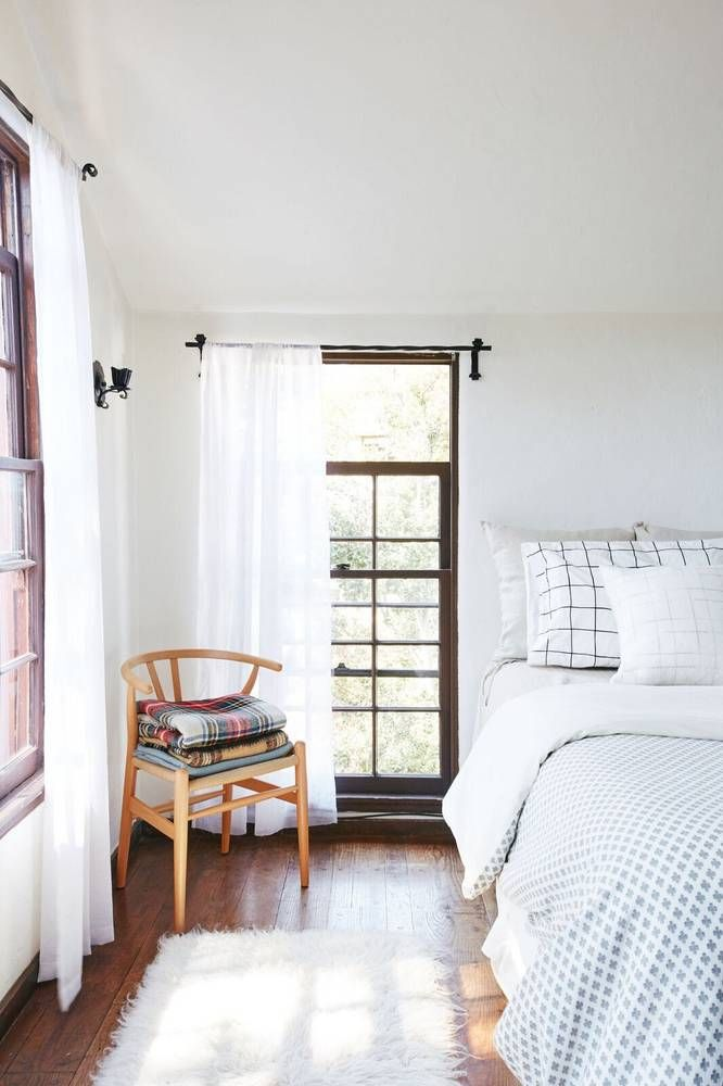 Inside A 1920s Storybook Home S Major Modern Redesign Cozy White Bedroomairy