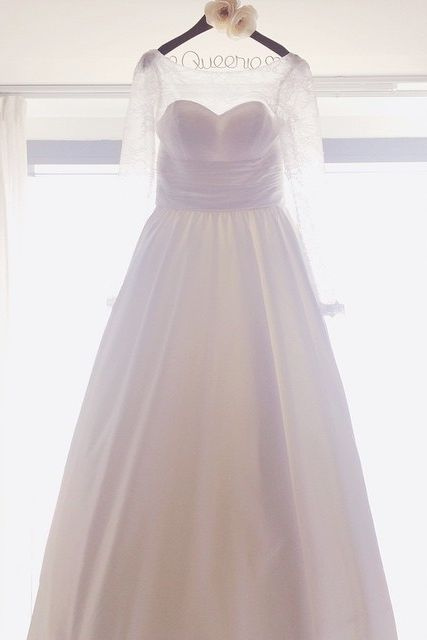 A beautiful wedding dress at Hyatt Regency Hong Kong, Sha Tin. Photo courtesy of @trish_on_carousel.