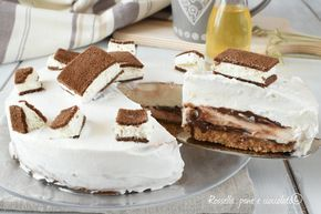 La torta fredda che vi presento oggi e' freschissima e facile, adatta ai bambini perche' ricorda molto la merendina da frigo che amano tanto.