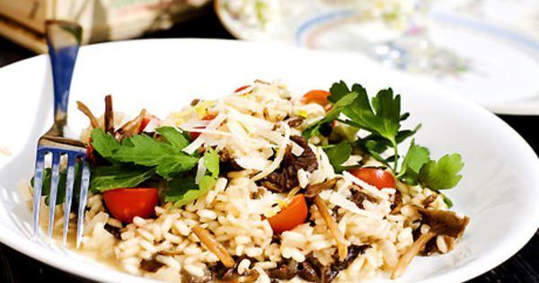 Trattkantarell-risotto med parmesan | Recept från Köket.se